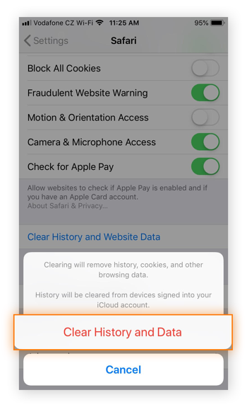 """The """"Clear History and Data"""" prompt in the Safari menu in iOS 12.4"""