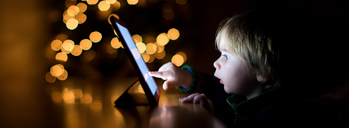 How_much_screen_time_should_children_have-Hero